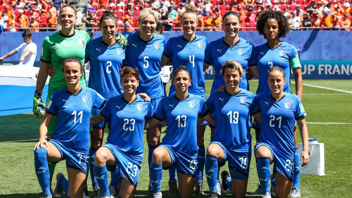 Una formazione dell'Italia ai Mondiali femminili di Francia 2019