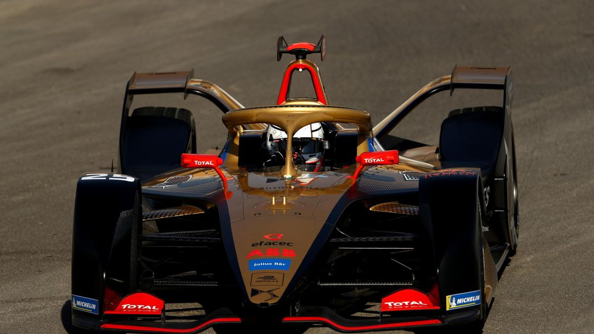 Jean-Eric Vergne of France driving the DS E-TENSE FE20 and Team DS TECHEETAH during practice ahead of the ABB FIA Formula E Championship - Diriyah