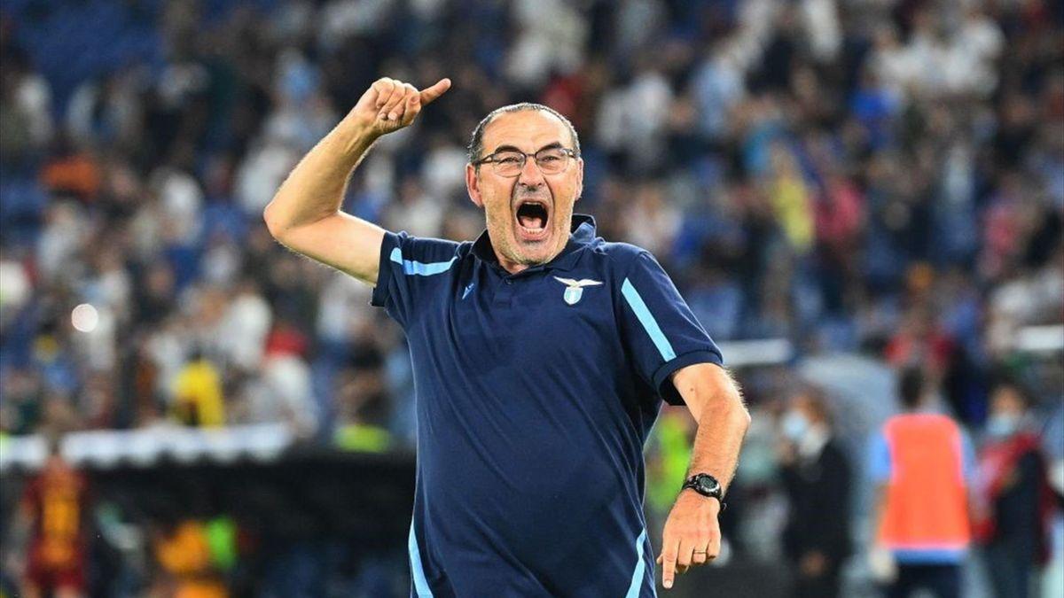 Maurizio Sarri esulta per la vittoria nel derby Lazio-Roma - Serie A 2021/2022