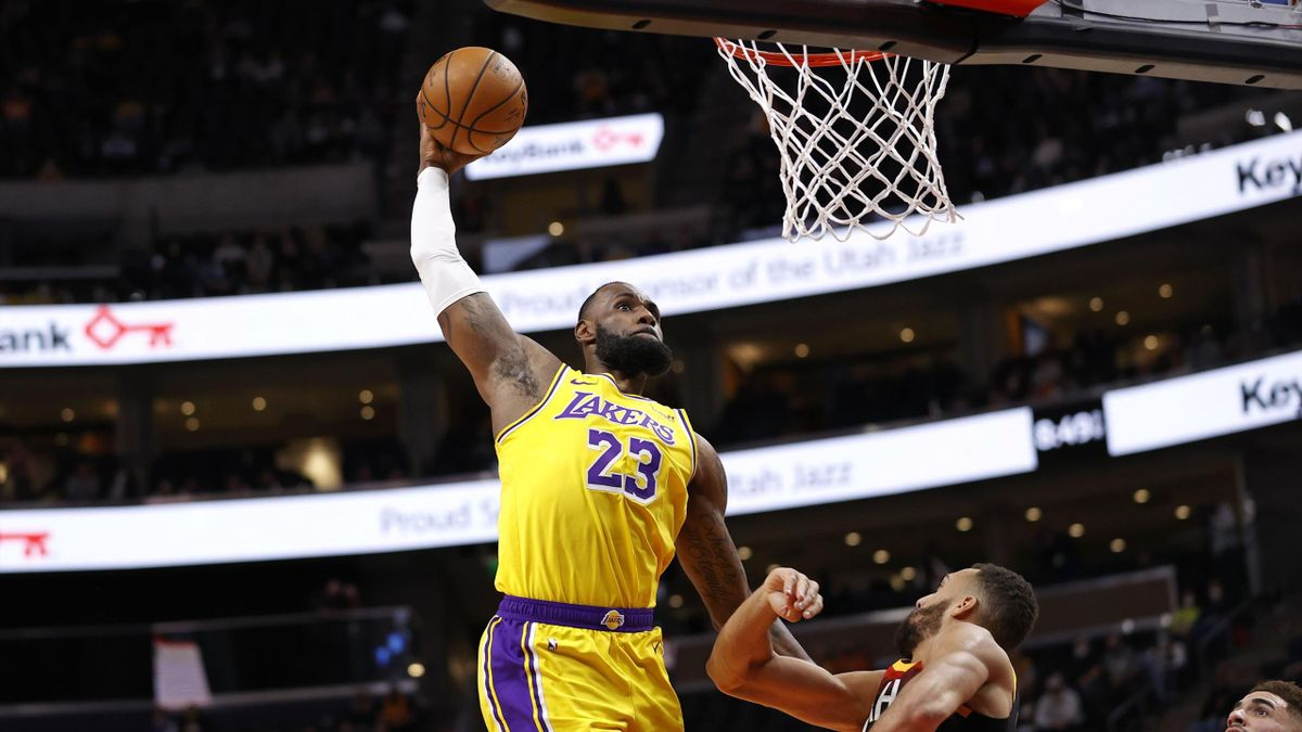 LeBron James (Los Angeles Lakers) in der Offensive