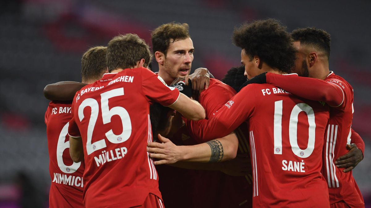 Bayern Munich celebrate v Mainz
