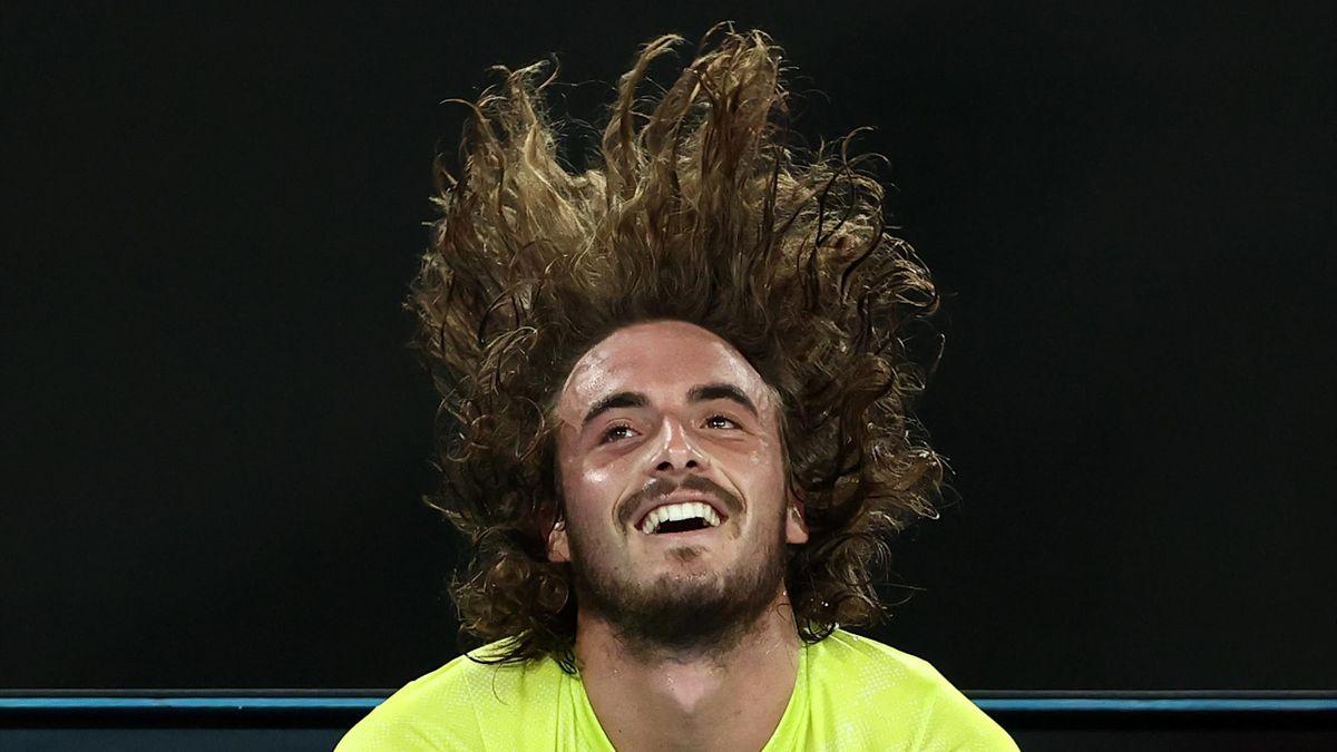 Australian Open 2021, Stefanos Tsitsipas batte Rafael Nadal 3-6 2-6 7-6 6-4 7-5
