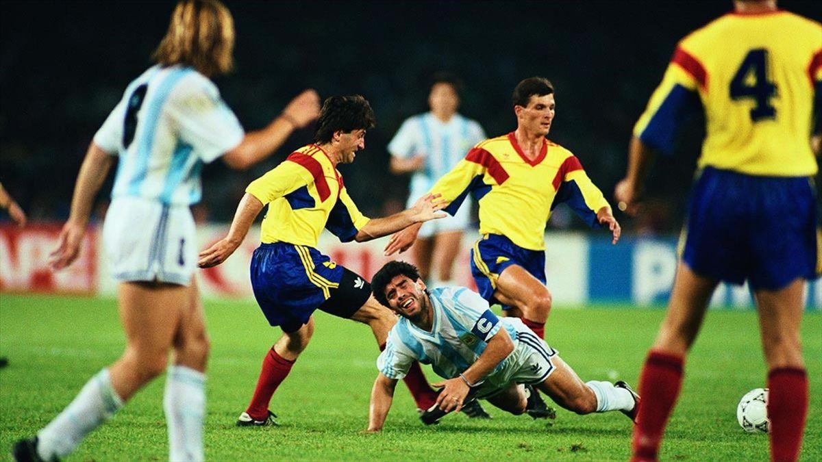 Maradona, în meciul cu România din 1990