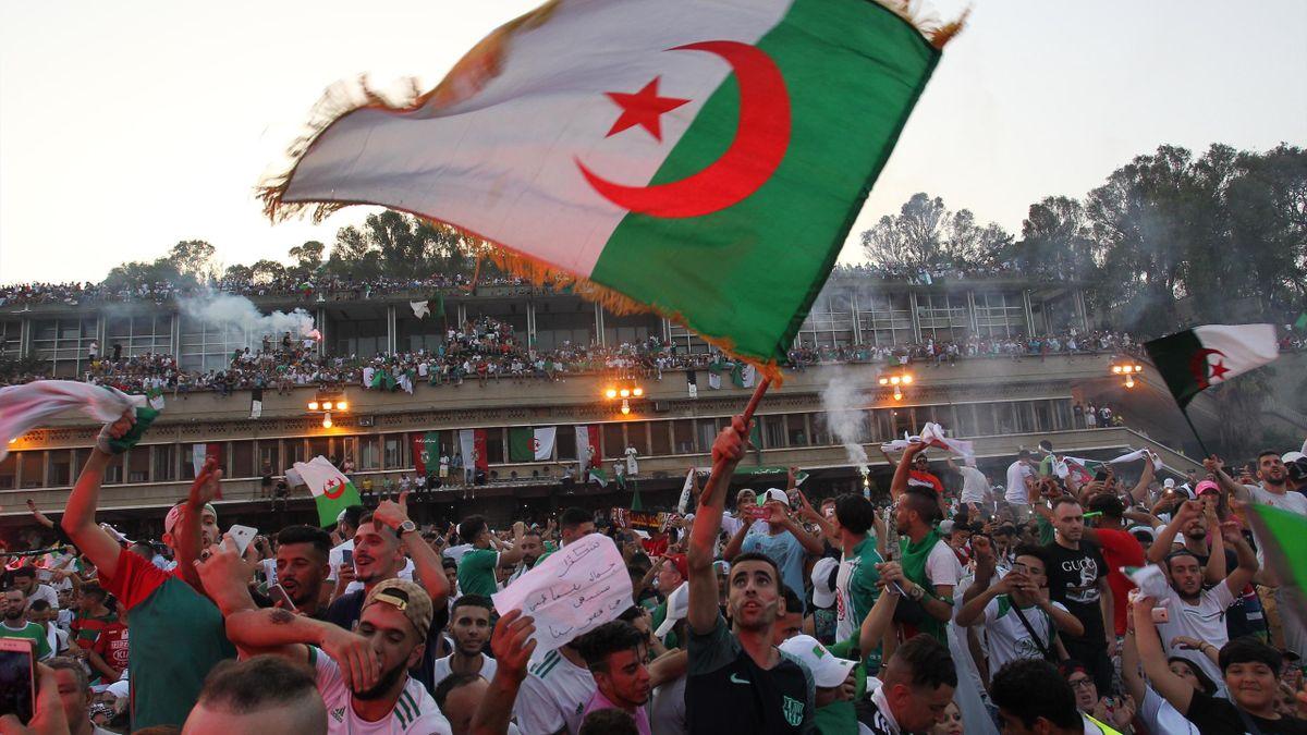 La liesse à Alger après le sacre des Fennecs à la CAN 2019
