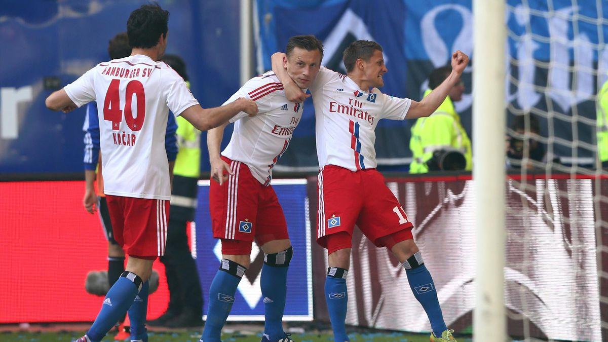 Ivica Olic ist der umjubelte Torschütze zum 1:0 für den Hamburger SV gegen Schalke 04