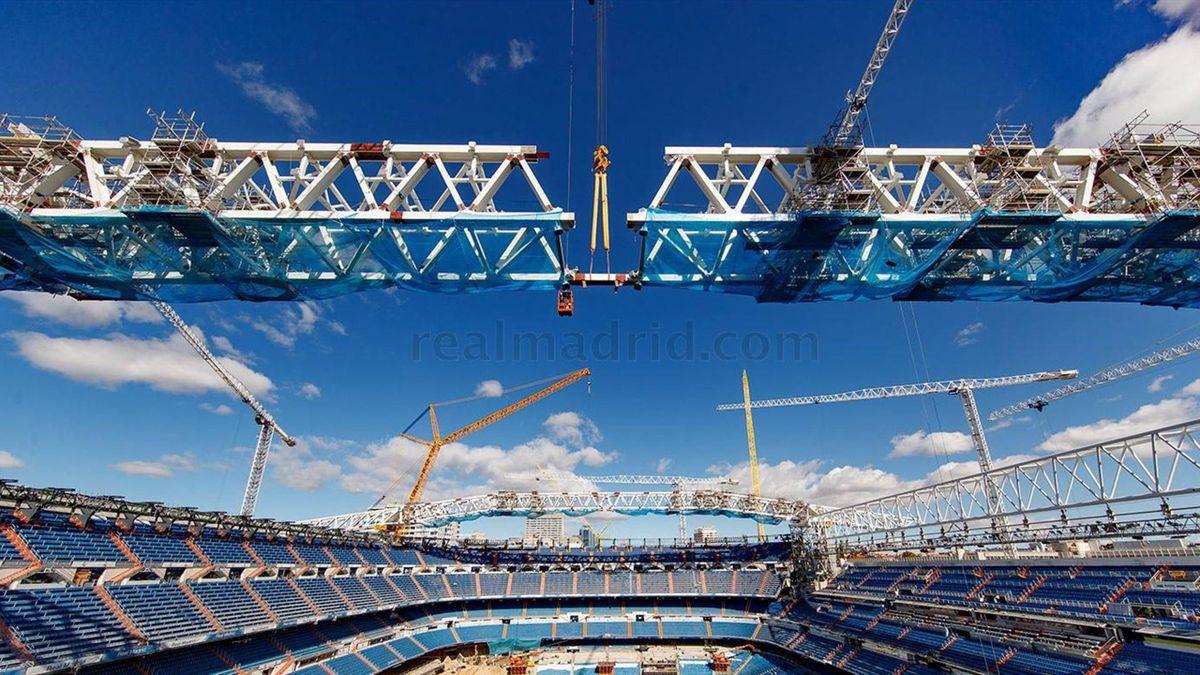 """Stadionul lui Real Madrid, """"Santiago Bernabeu"""" este în reconstrucție. Sursa: realmadrid.com"""