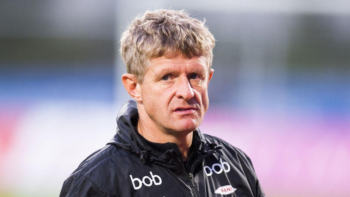 Branns trener Lars Arne Nilsen går i garderoben etter eliteseriekampen i fotball mellom Stabæk og Brann på Nadderud stadion.