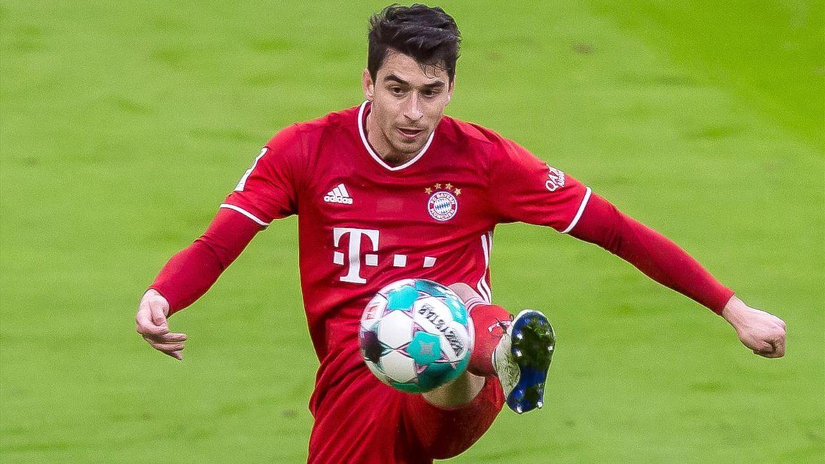 Marc Roca vom FC Bayern München