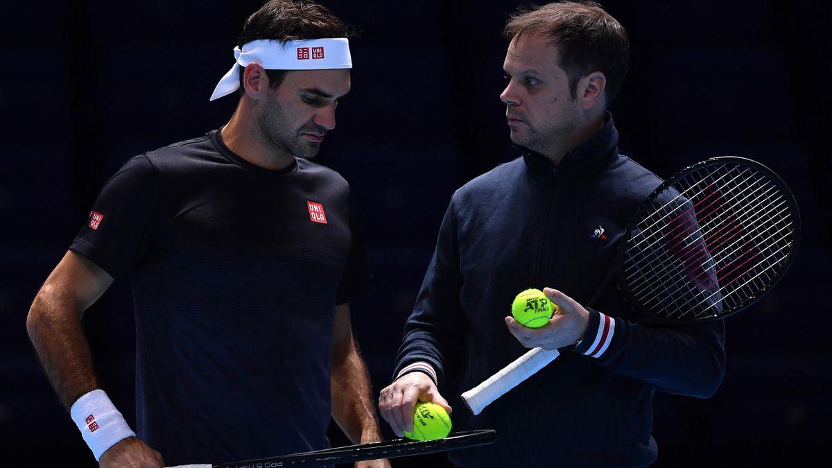 Roger Federer (li.) mit seinem Trainer Severin Lüthi (re.)