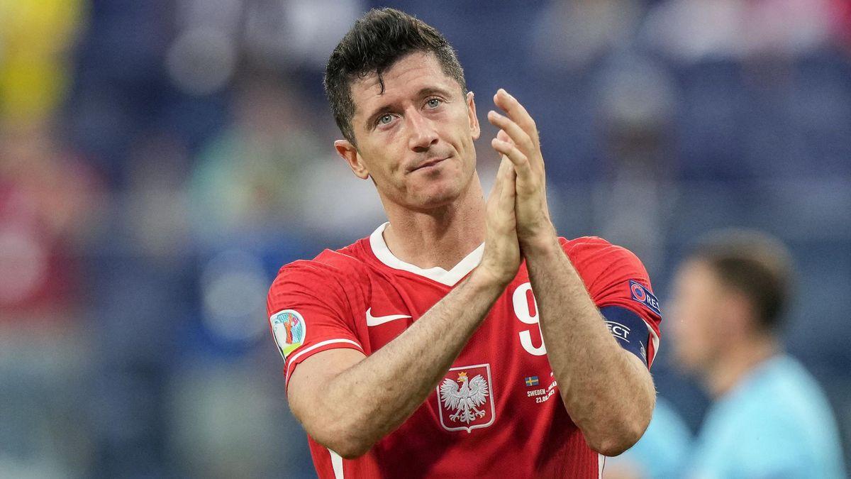 Poland's forward Robert Lewandowski reacts after losing the UEFA EURO 2020 Group E football match between Sweden and Poland