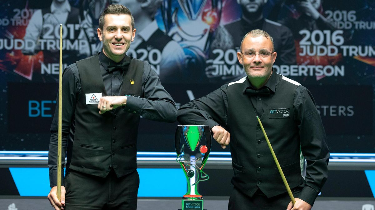 Mark Selby and Martin Gould before the BetVictor European Masters final in Milton Keynes.
