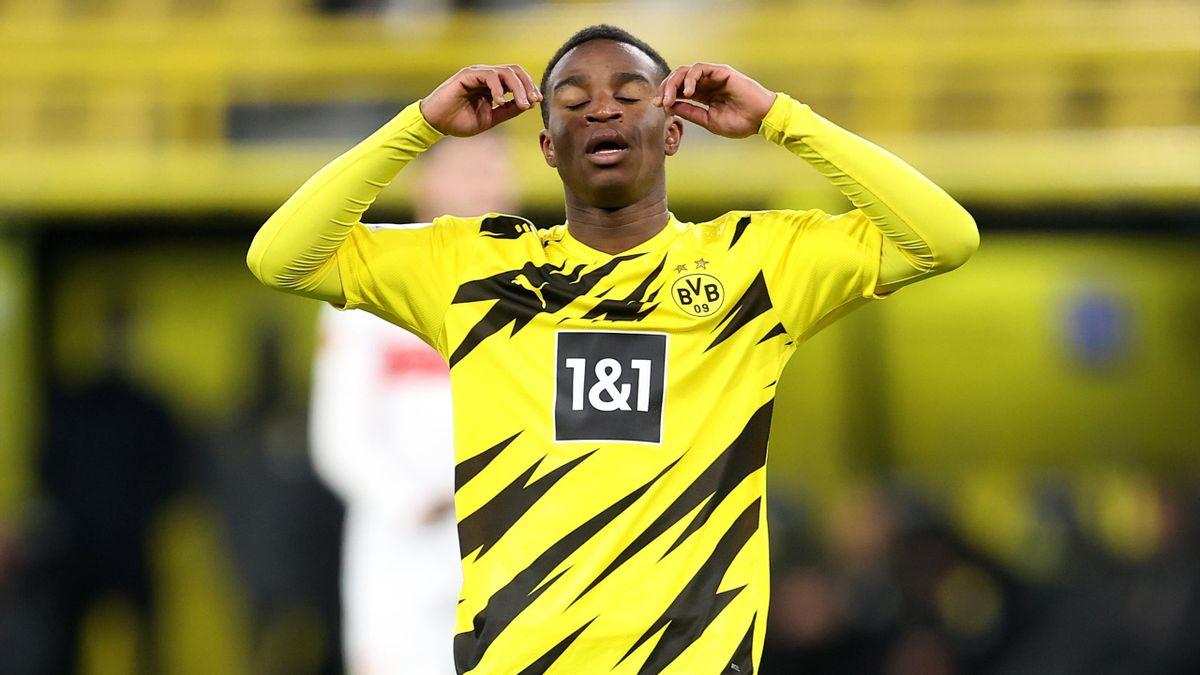 Youssoufa Moukoko lors d'un match opposant le Borussia Dortmund à Stuttgart, le 12 décembre 2020