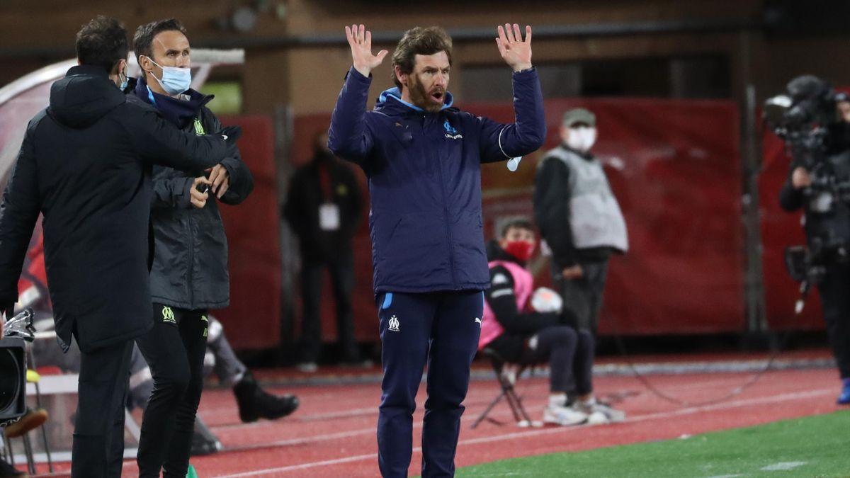 André Villas-Boas peste contre l'arbitrage lors du match opposant Monaco à Marseille, le 23 janvier 2021, en Ligue 1