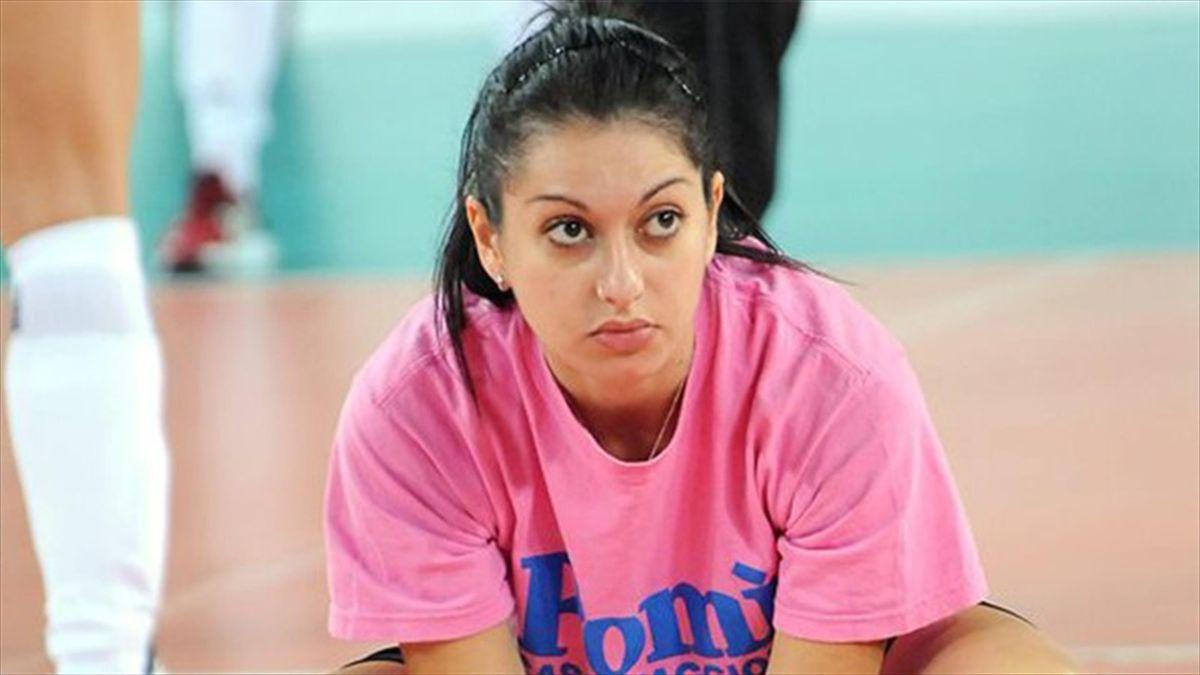 Volley, il caso di Lara Lugli: senza stipendio perché incinta