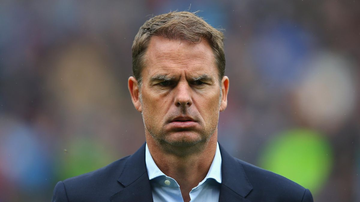 Frank de Boer the manager of Crystal Palace looks on during the Premier League match between Burnley and Crystal Palace at Turf Moor on September 10, 2017 in Burnley, England.