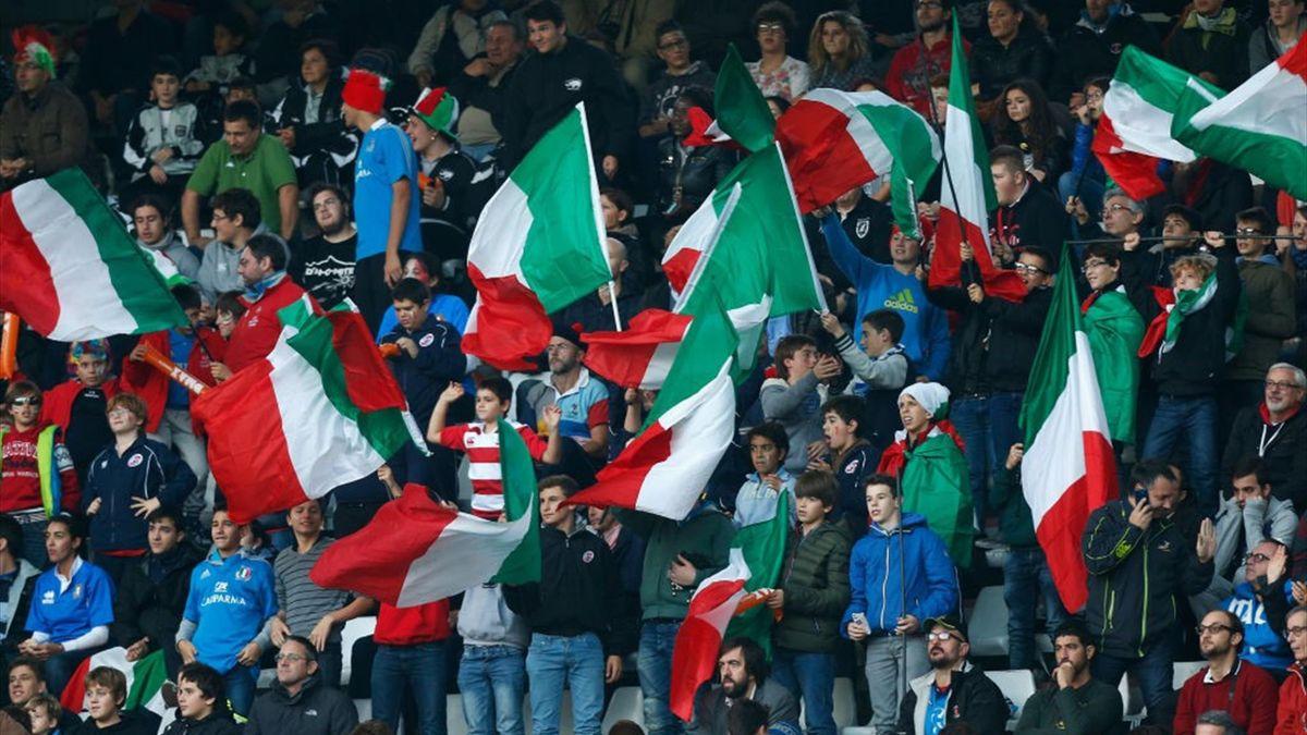 Tifosi italiani allo Stadio Olimpico di Roma per Italia-Spagna - Qualificazioni Mondiali 2014 - Getty Images