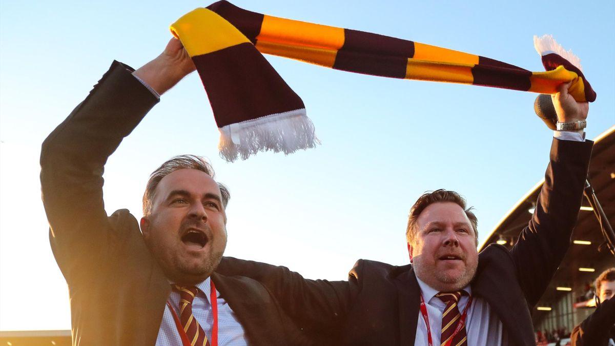 Edin Rahic und Stefan Rupp von Bradford City