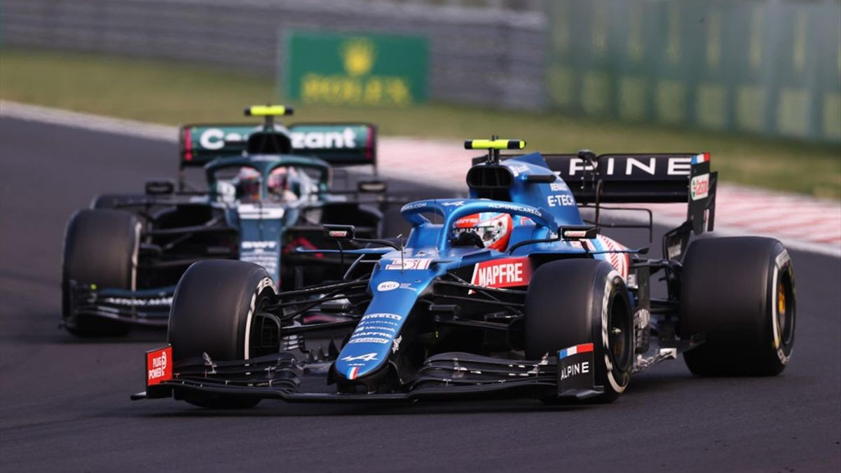 Esteban Ocon (Alpine) et Sebastian Vettel (Aston Martin) au Grand Prix de Hongrie 2021
