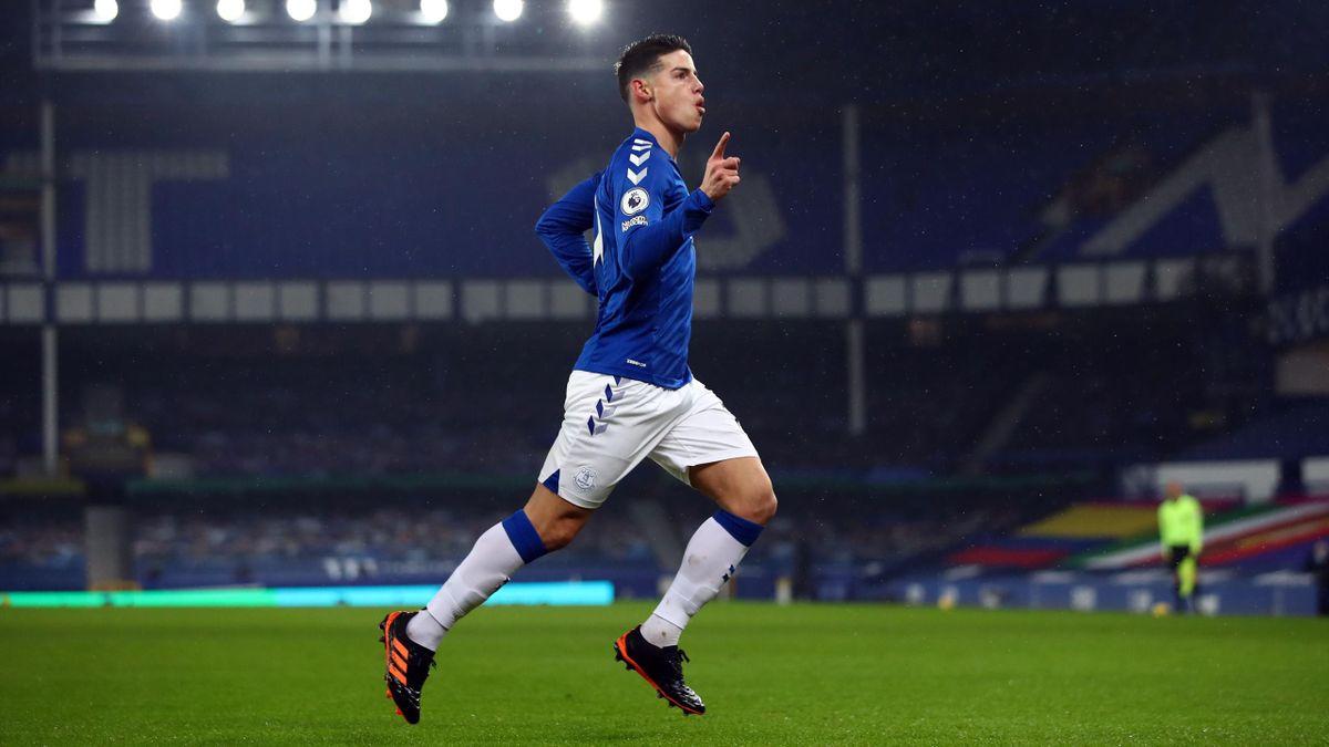 James Rodriguez festeggia per il gol al Leicester