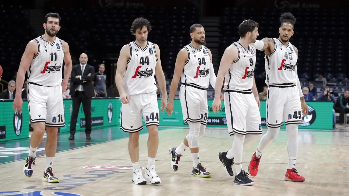 Players of Segafredo Virtus Bologna are seen at the end of ULEB EuroCup Top 16 Group E match between Darussafaka Tekfen and Segafredo Virtus Bologna in Belgrade, Serbia on March 05, 2020.