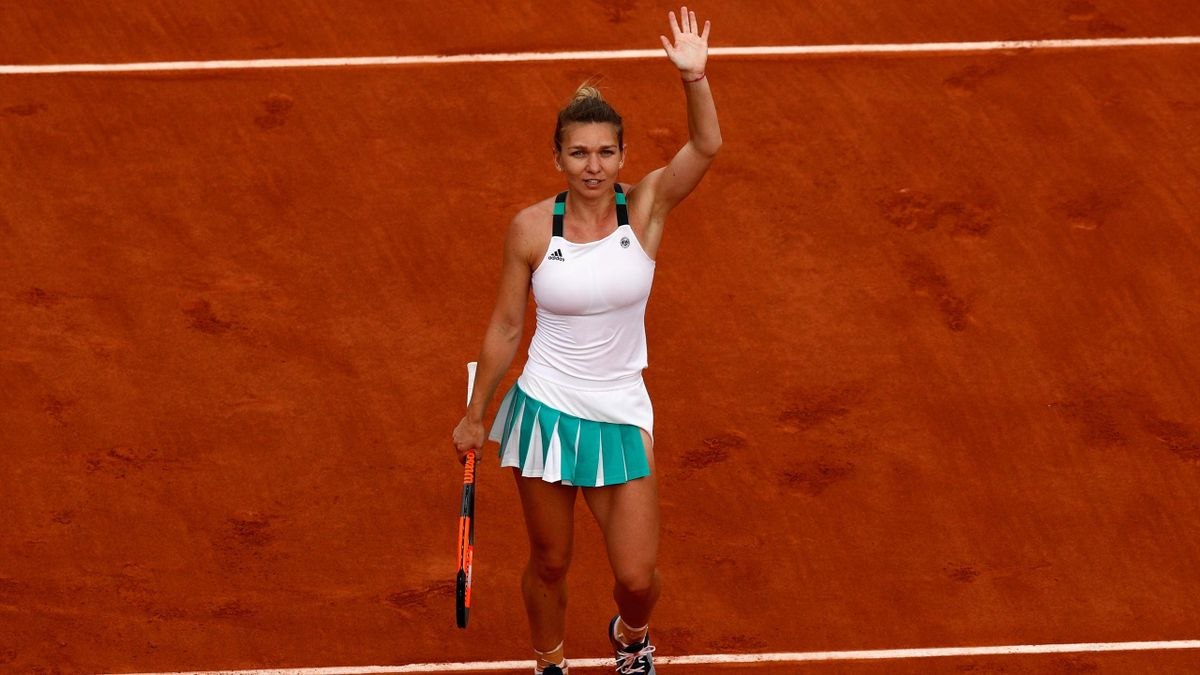 Simona Halep après sa victoire en demi-finale (Roland-Garros 2017).