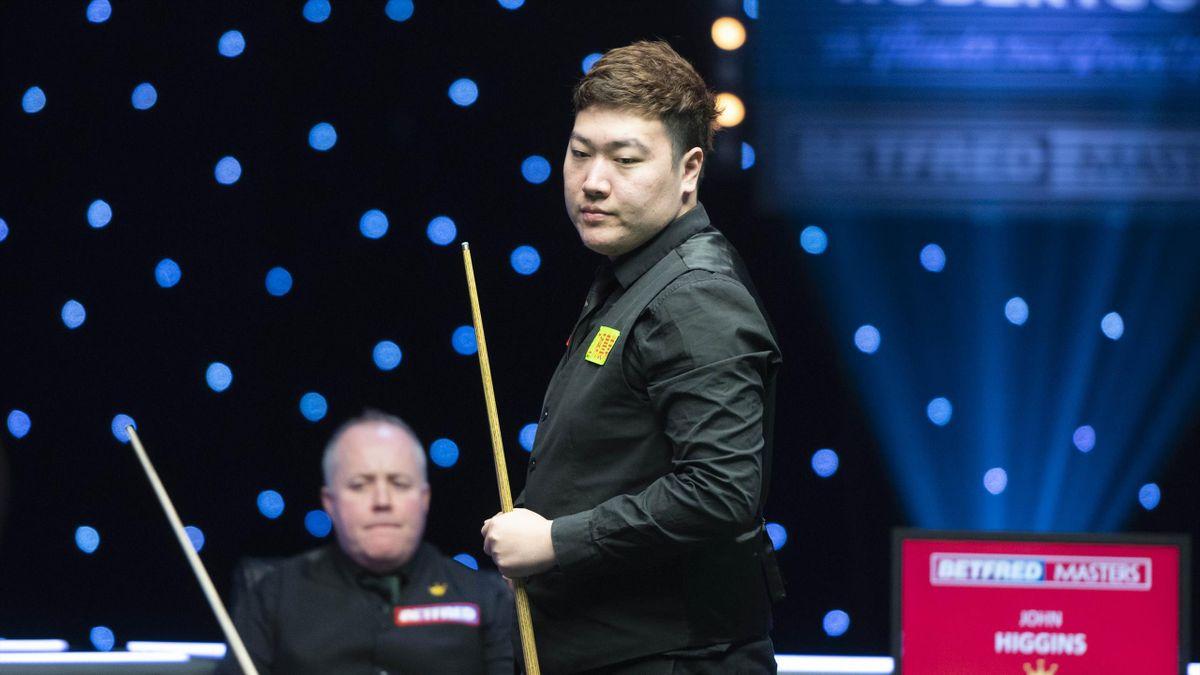 Yan Bingtao during the 2021 Masters final