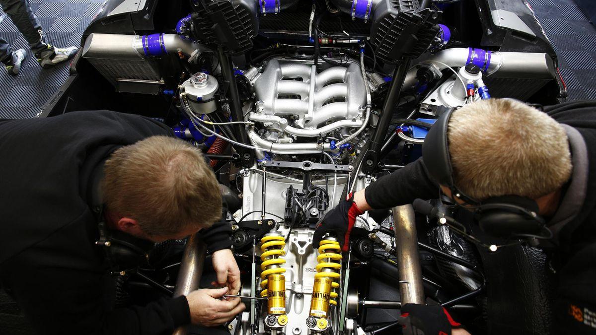 Renault RS.01 engine