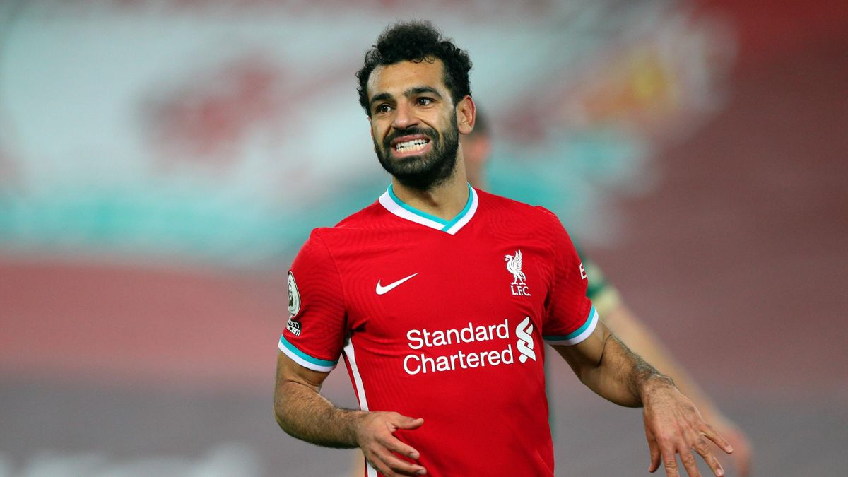 Mohamed Salah of Liverpool reacts