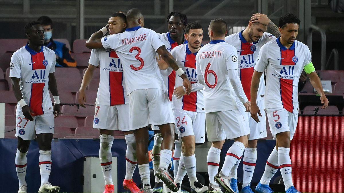 La joie des joueurs du ¨PSG face au Barça
