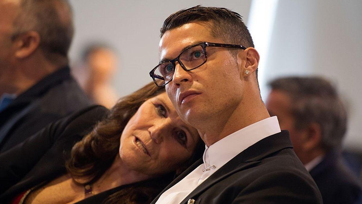 Cristiano Ronaldo con mamma Dolores