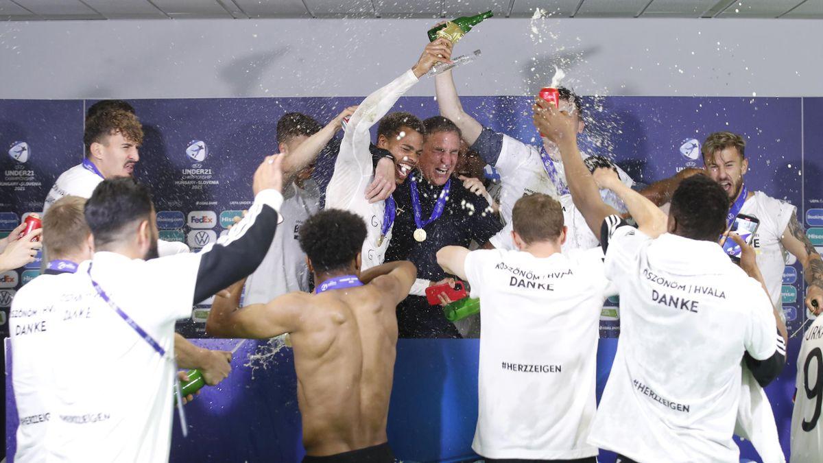 Die deutsche U21-Nationalmannschaft feiert den EM-Titel