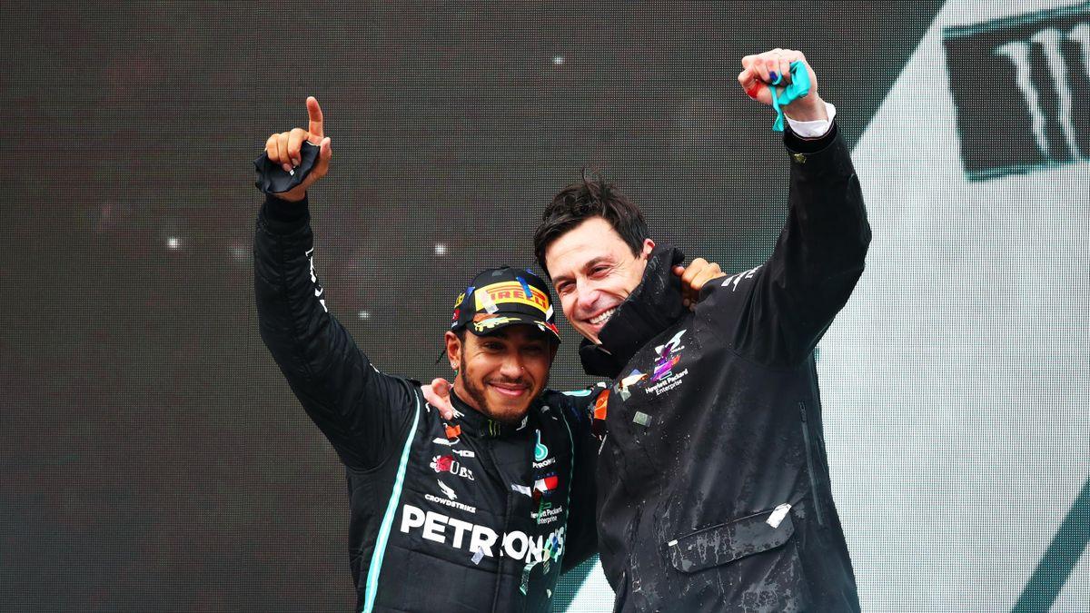 Lewis Hamilton (links) und Toto Wolff arbeiten seit 2013 gemeinsam erfolgreich für Mercedes