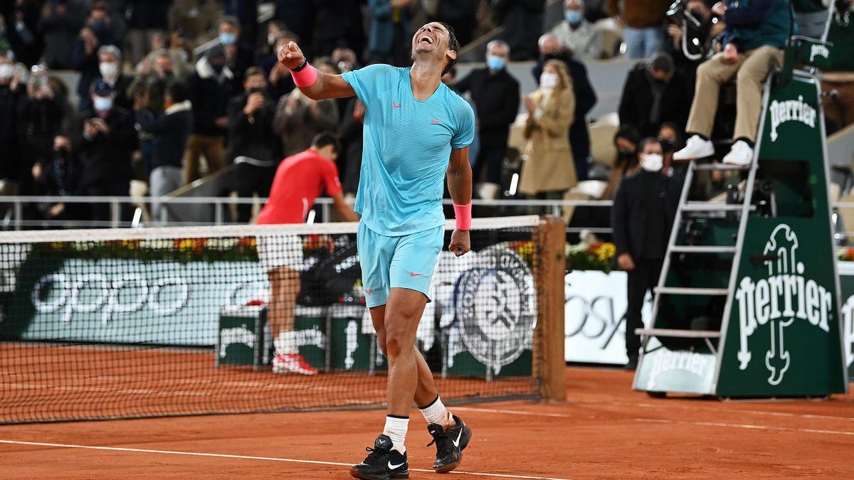 Rafael Nadal jubelt über seinen Finalsieg gegen Novak Djokovic bei den French Open