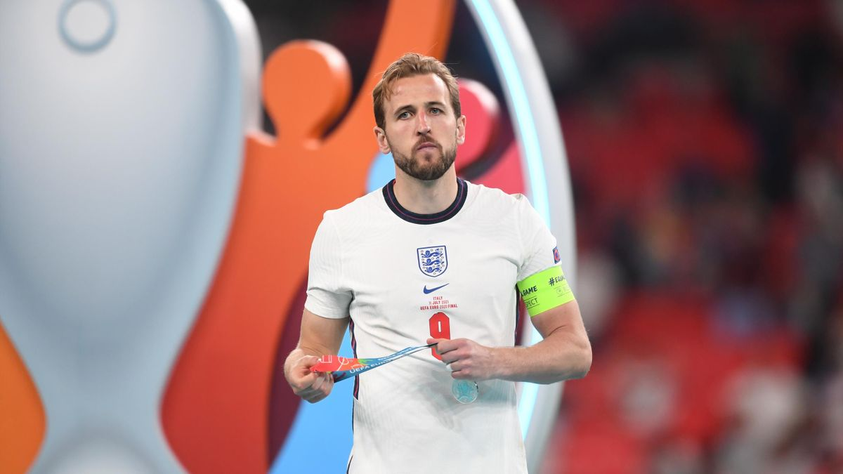 Transfer News Harry Kane S England Team Mates Think The Striker Might Refuse To Report For Pre Season To Force Move Eurosport