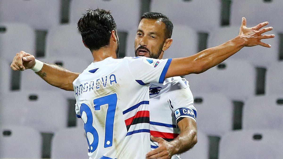 L'abbraccio fra Fabio Quagliarella e Antonio Candreva, Fiorentina-Sampdoria, Getty Images