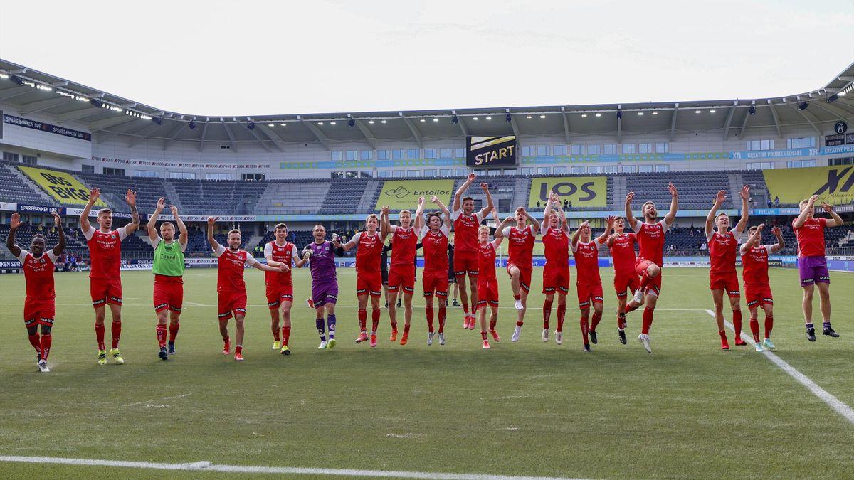 Brynes lag etter kampen i 1. divisjon mellom Start og Bryne på Sør Arena i Kristiansand.