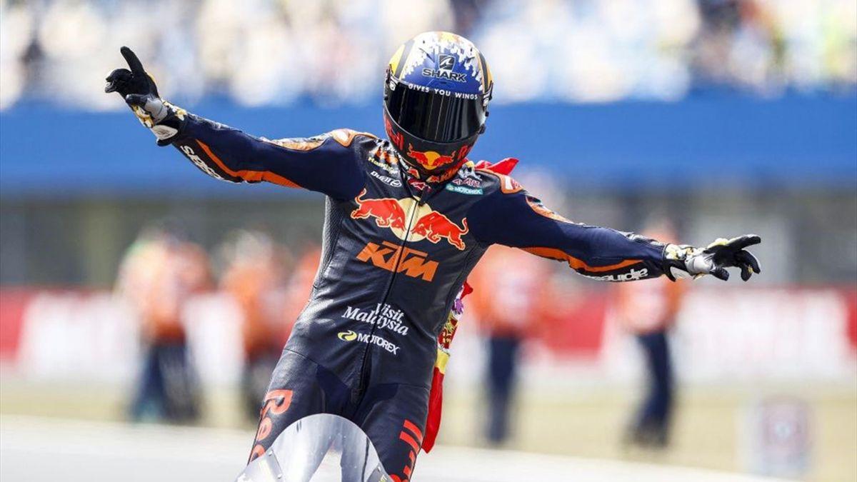 Raul Fernandez esulta per il trionfo nel GP di Olanda di Moto2 - Mondiale 2021
