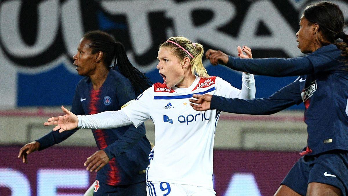 Eugénie Le Sommer lors du match aller entre le PSG et l'OL (1-1), le 18 novembre 2018 à Paris.
