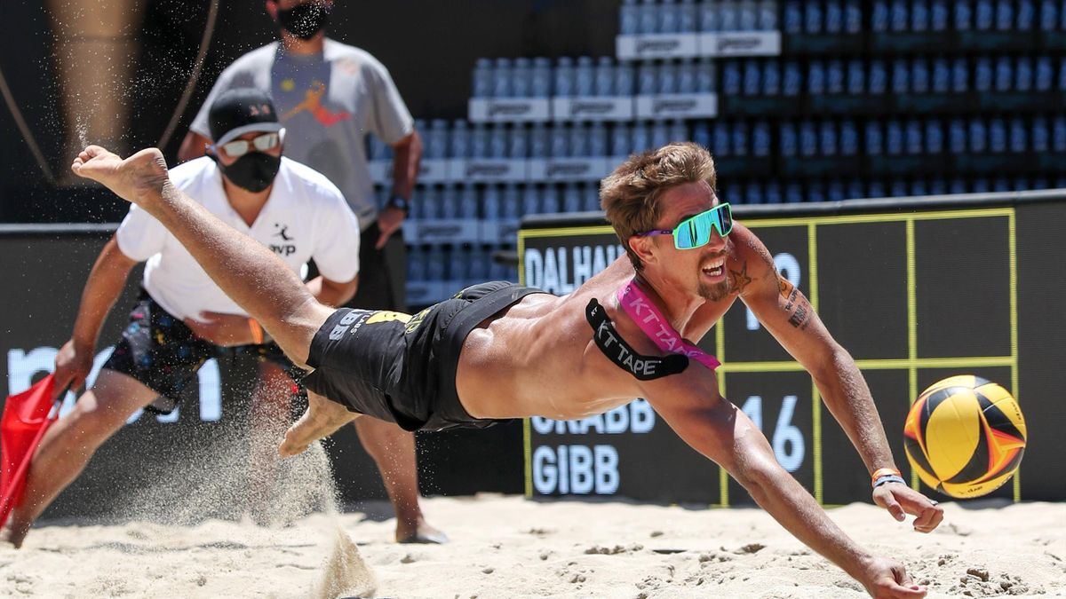 Taylor Crabb, Beach volley