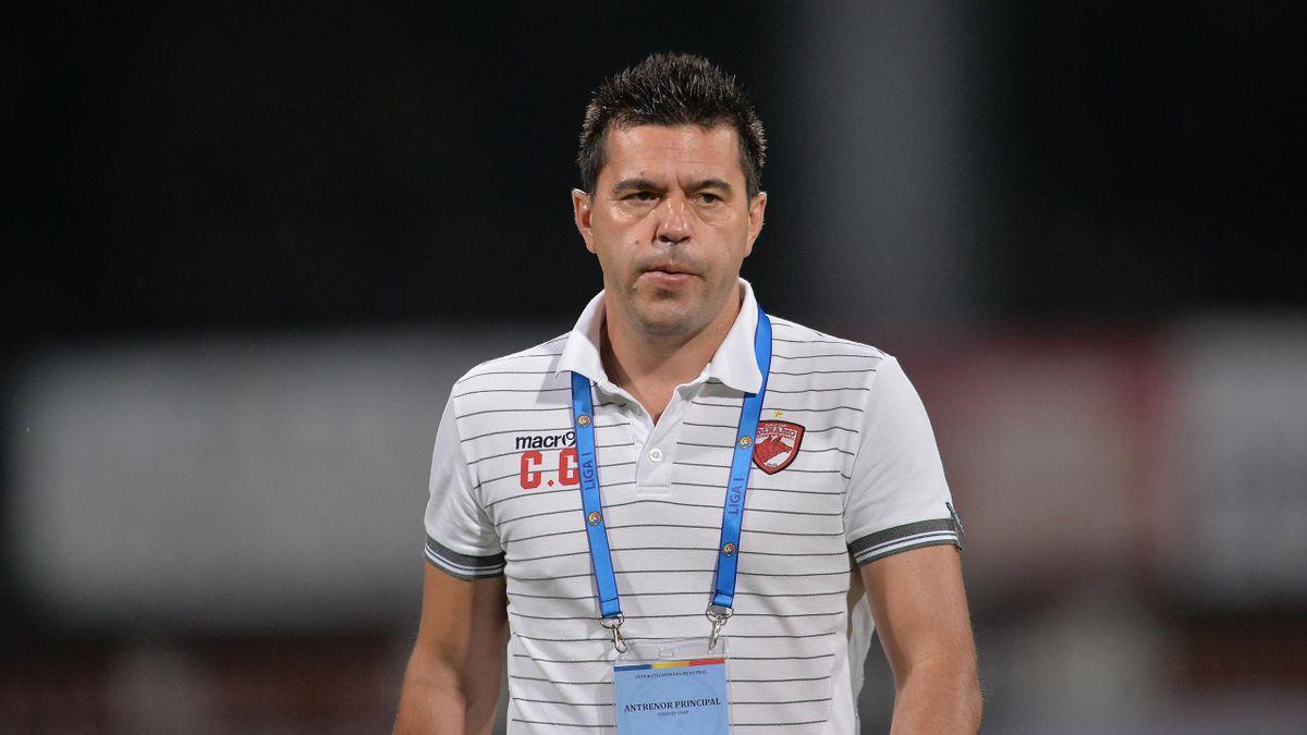Cosmin Contra a plecat de la Dinamo