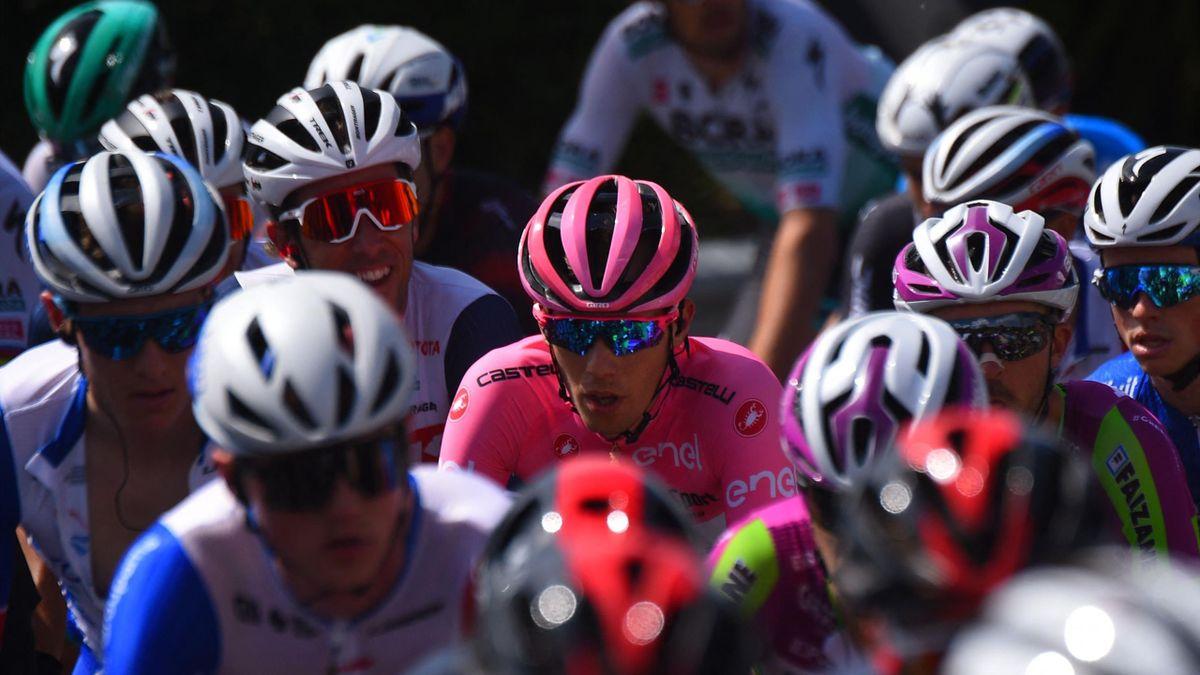 Attila Valter, le maillot rose du Giro, lors de la 7e étape