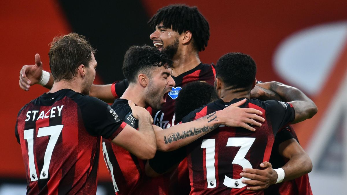 Bournemouth crush Leicester to put Champions League hopes in jeopardy