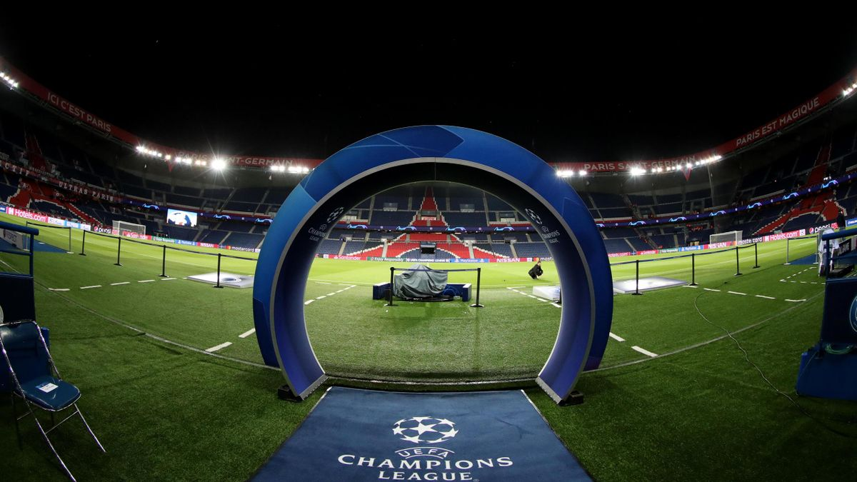 Le Parc des Princes avant un match de Ligue des champions.