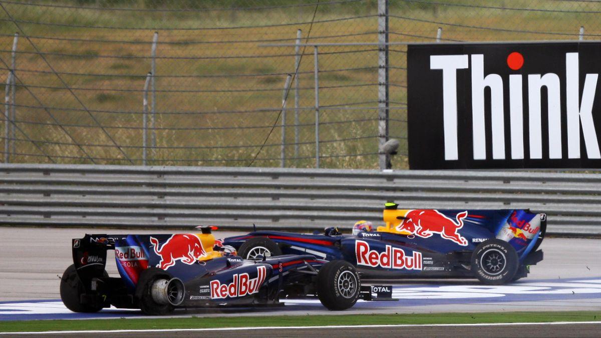 Crash in Istanbul: Die Red-Bull-Teamkollegen Sebastian Vettel (vorne) und Mark Webber fuhren ineinander