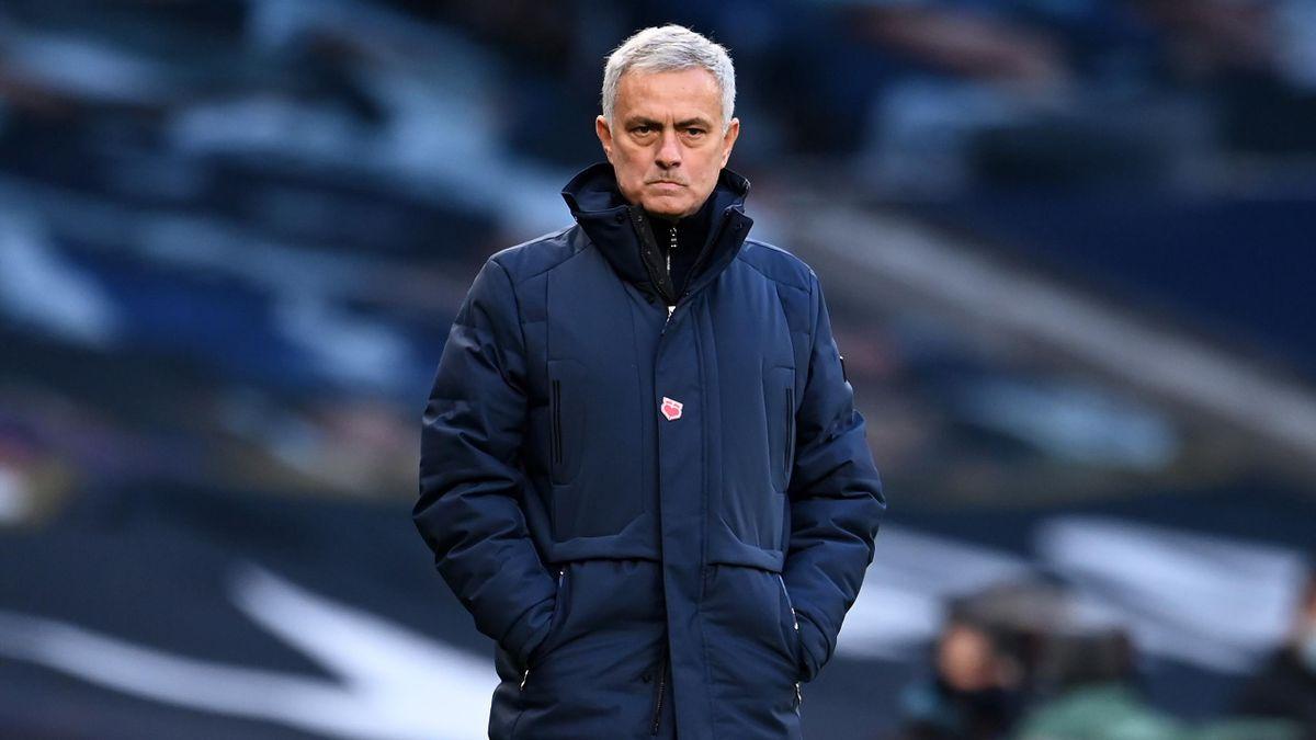 Jose Mourinho looks glum during Tottenham v Leicester City