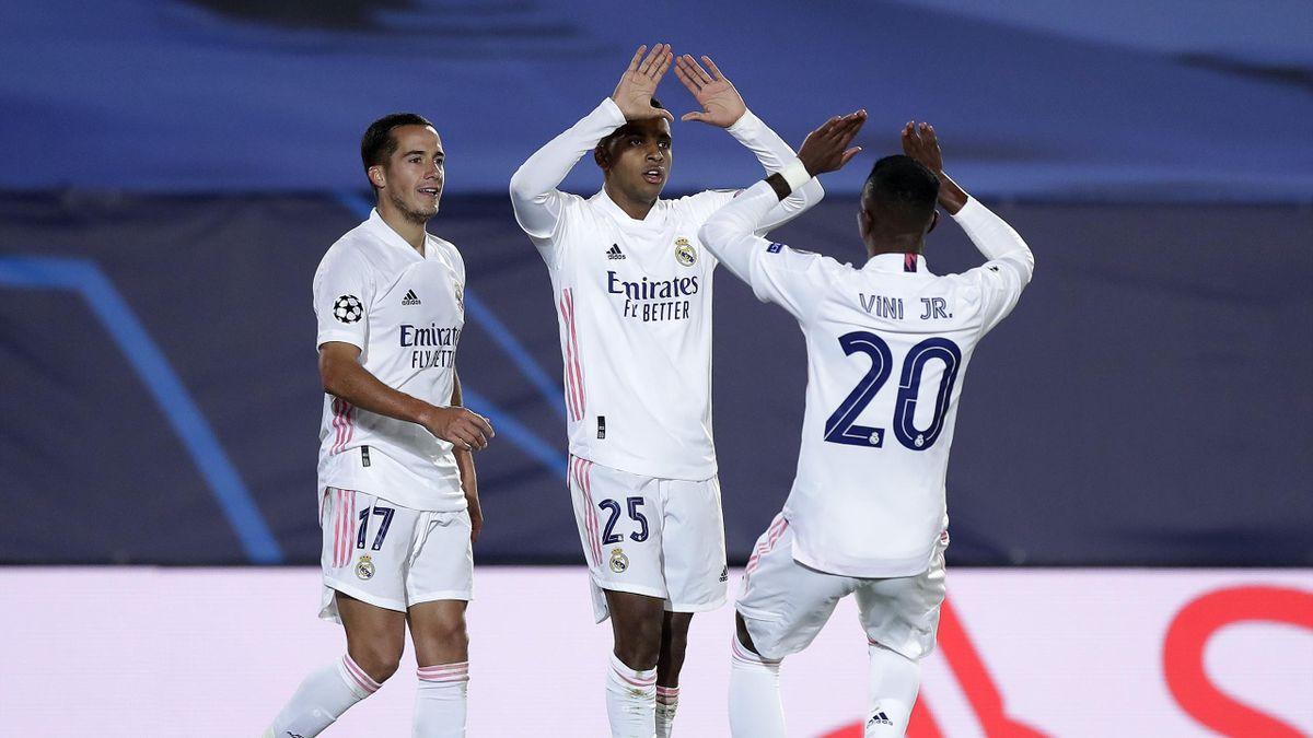 Real Madrid, Vinicius Jr e Rodrygo esultano dopo il 3-2 sull'Inter