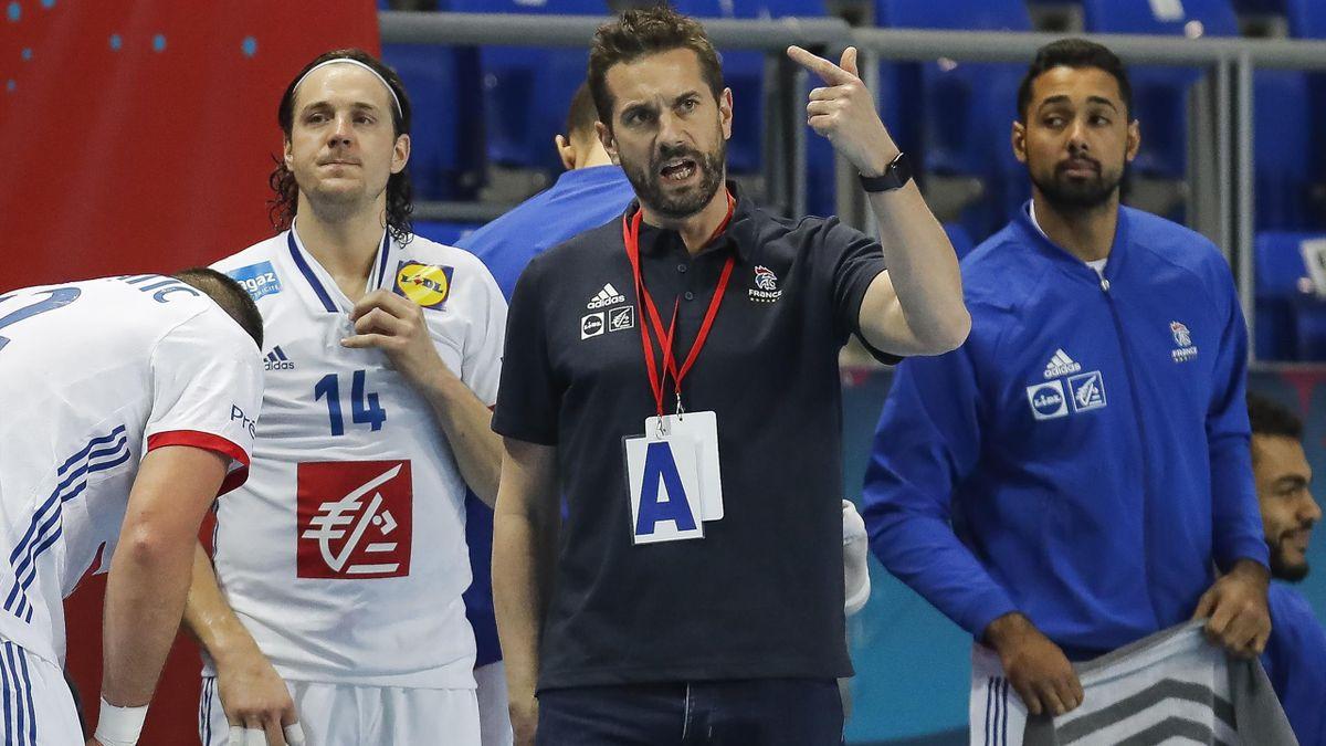 Guillaume Gille, le sélectionneur de l'équipe de France, et ses joueurs abordent le Mondial en Egypte avec peu de certitudes