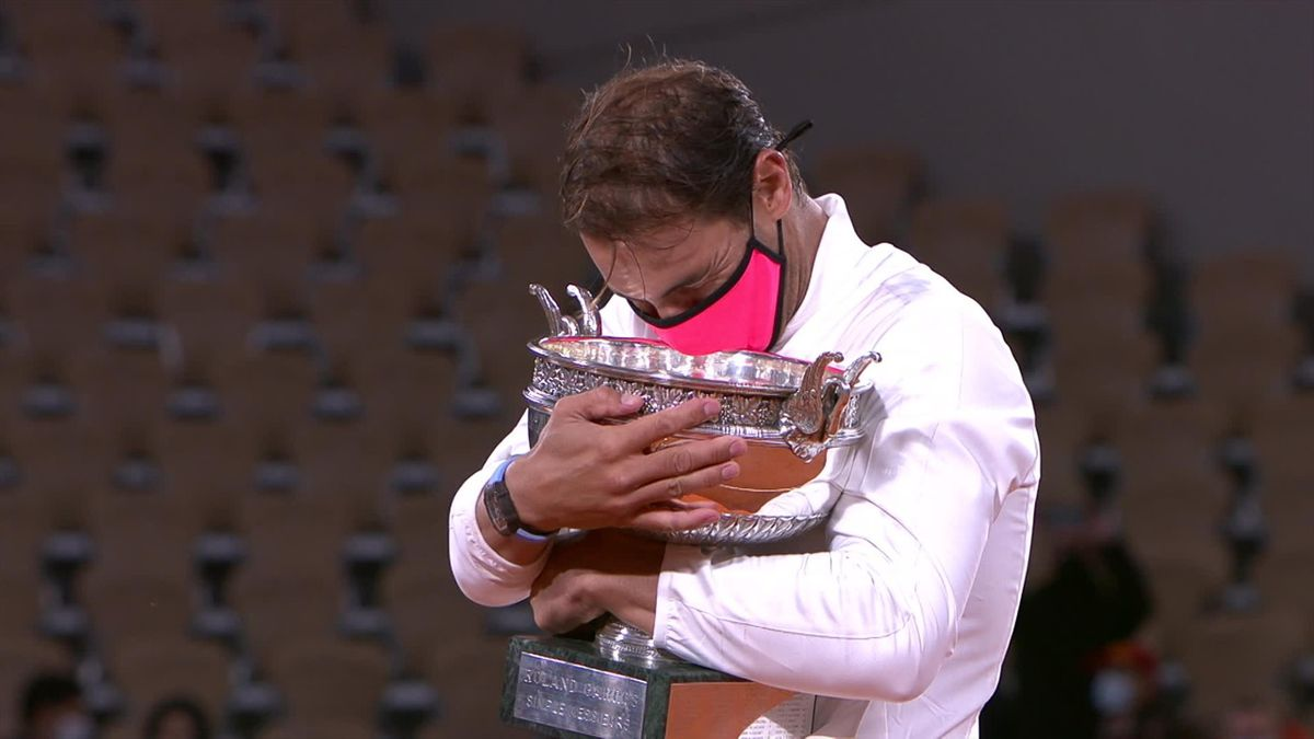 Roland Garros : Nadal with the Trophy