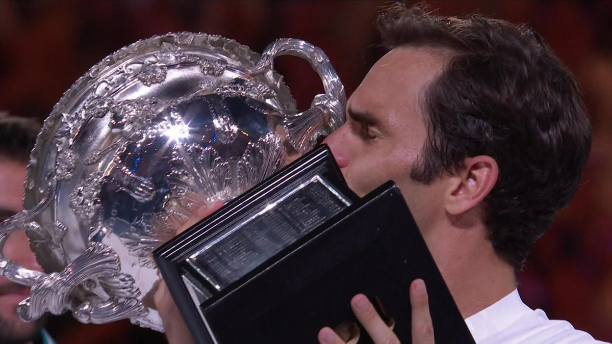 0128 Federer Itw