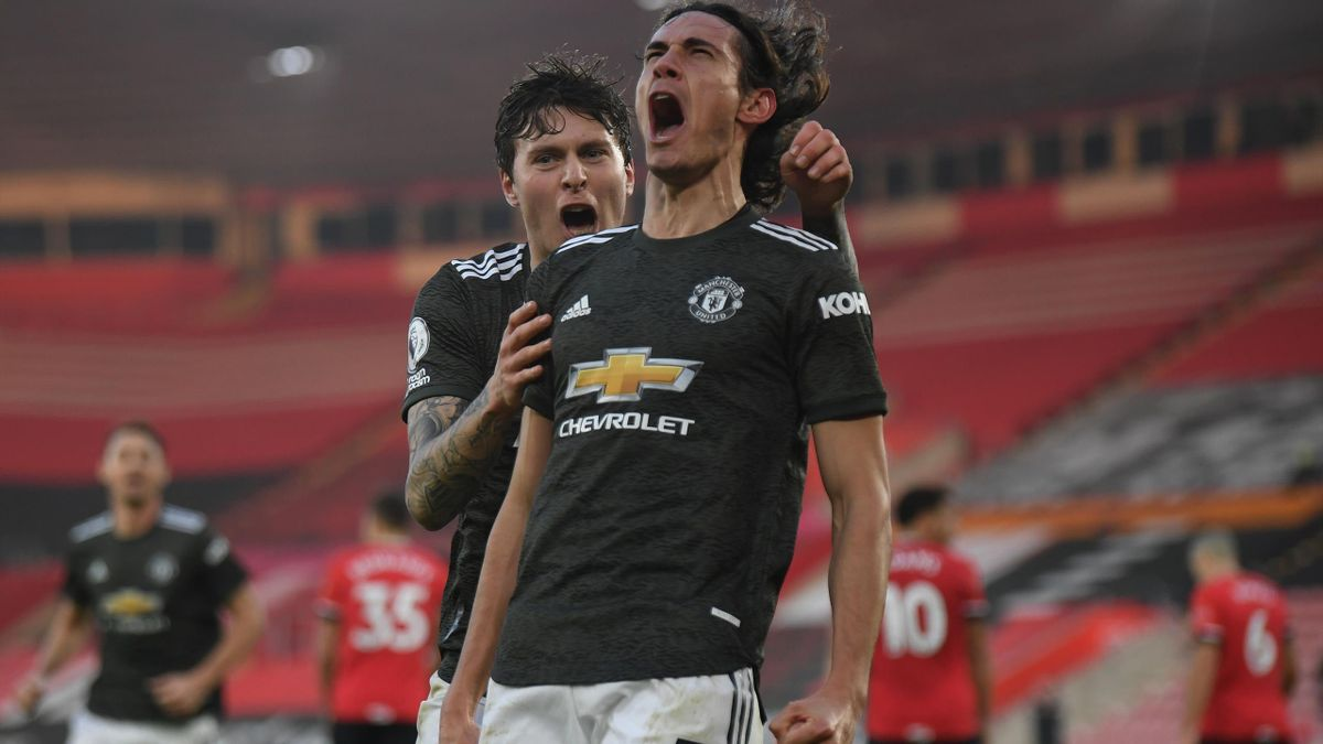 Edinson Cavani célèbre son but pour Manchester United face à Southampton en Premier League